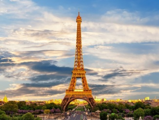 Growing Economy Creates New Jobs in France 10