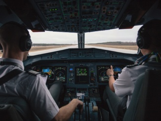 Thousands of Jobs in the USA Available for Qualified Pilots 8